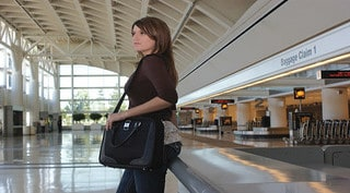 Read more about the article Best Stylish Women Laptop Bags USA 2021